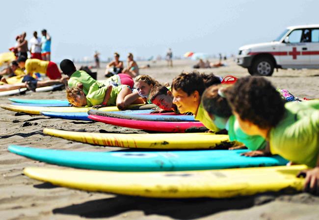 deporte-en-la-playa-con-niños